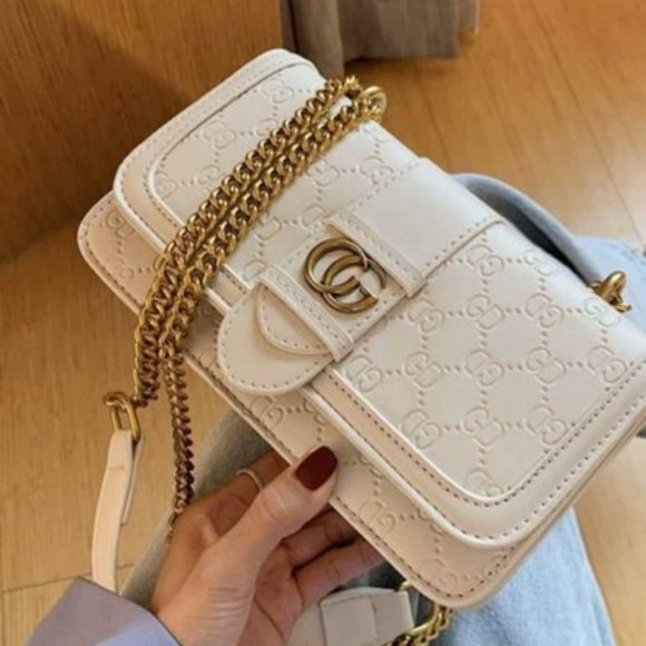 Gucci Sling Bags For Her